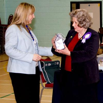 Presentation to the judge Mrs Jane Lilley (Kensing) by the new President Mrs Rita Mitchell