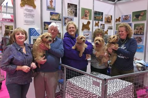 Sue & Maurice with Bembo, Fiona with Dora, Katie with Archie, Linda with Chase.